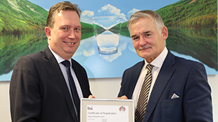 Peter Farrer receives performance BSI Award