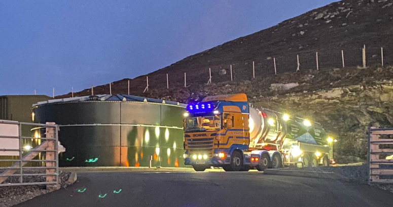 A tanker supplementing stored drinking water reserves at Lochmaddy Water Treatment Works, February 2021